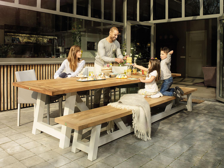 Top tafel met bank ek u aboriginaltourismontario